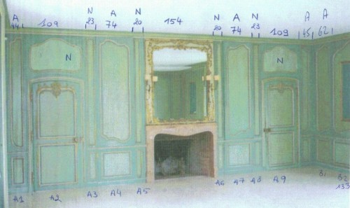 Louis XV boiserie panted and gilded wooden panels -