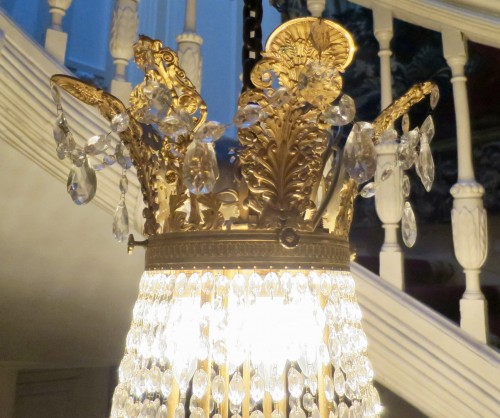Antiquités - Charles X chandelier with thirty-six lights