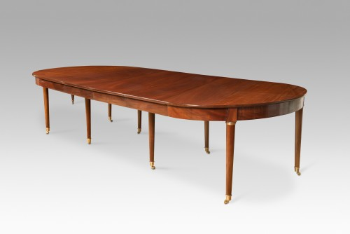 Directoire - Mahogany dining table from Directoire period, with four mahogany leaves