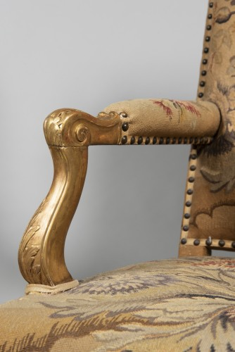 Pair of Régence armchairs à la Reine with Aubusson tapestry -