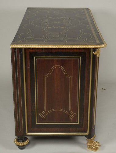 Régence commode, amaranth and ebony, early 18th century -