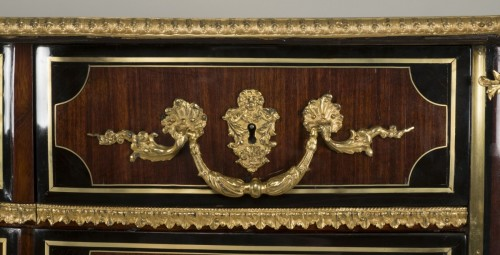 Régence commode, amaranth and ebony, early 18th century - French Regence