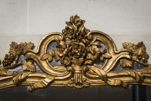Louis XV mirror gilt and painted sculpted wood - Mirrors, Trumeau Style Louis XV