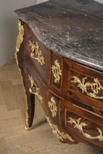 Furniture  - LOUIS XV commode sauteuse with three drawers by JACQUES BIRCKLÉ