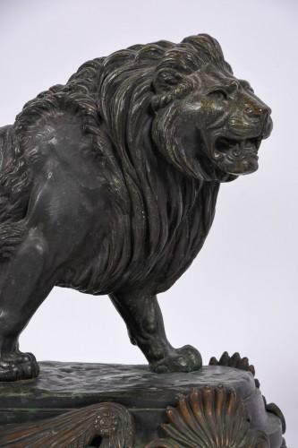 Sculpture  - Paire of bronze lions by Paul Edouard Delabrièrre