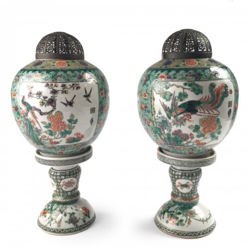 China, pair of Chinese 19th century Famille Verte porcelain lanterns