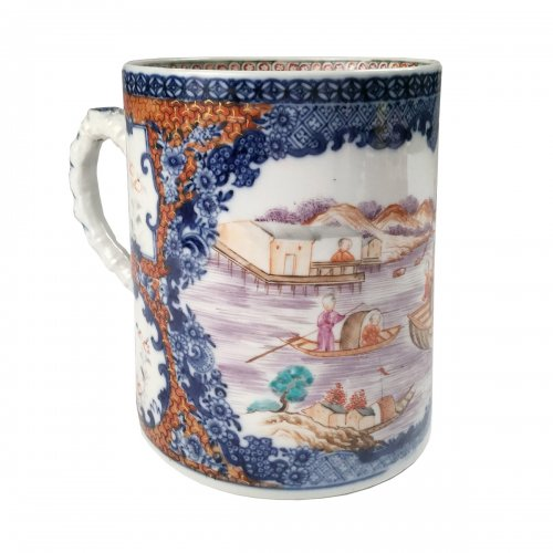 China, 18th c porcelain tanckard, Qianlong period.