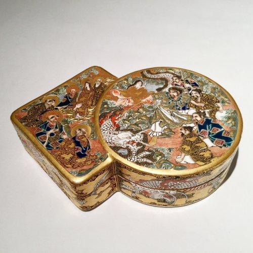 - Japan, Satsuma, Meiji period Kogo  ( box) by Shozan