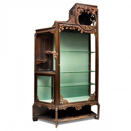 Art Nouveau showcase in the Japonism style.