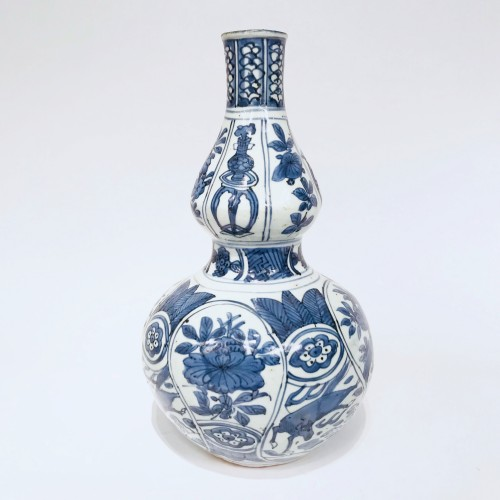 Double-gourd porcelain vase - China, Ming Dynasty, Wanli period (1573-1620) - Asian Art & Antiques Style
