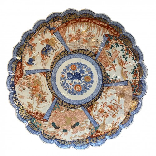 Very Large Imari Charger, Meiji period.