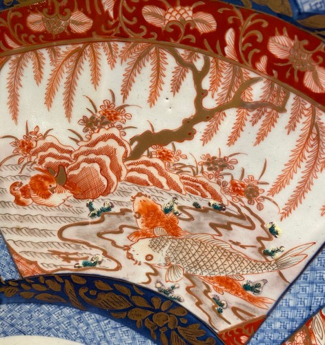 Very Large Imari Charger, Meiji period. - Asian Art & Antiques Style