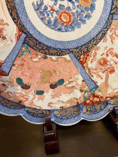 Antiquités - Very Large Imari Charger, Meiji period.