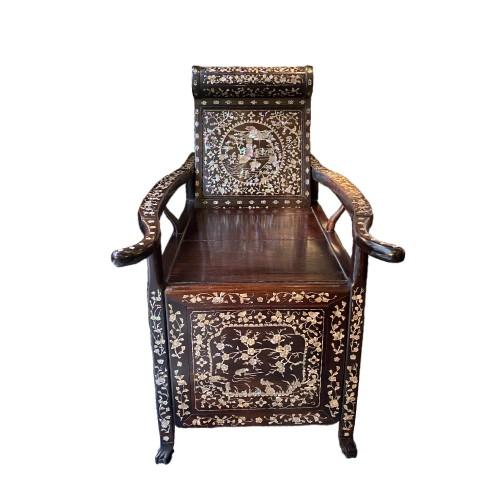 Asian Art & Antiques  - Moon gazing Chair, China or Vietnam, 19th century