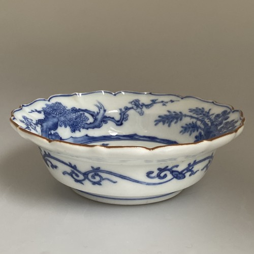 A Japanese Blue and White Porcelain flat bowl c.1690 – 1740 - Asian Art & Antiques Style