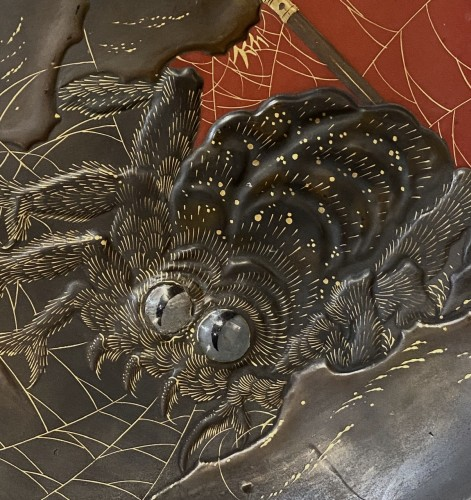 Japan, lacquer dish, Princess Kamigashi and the giant spider, Edo period -