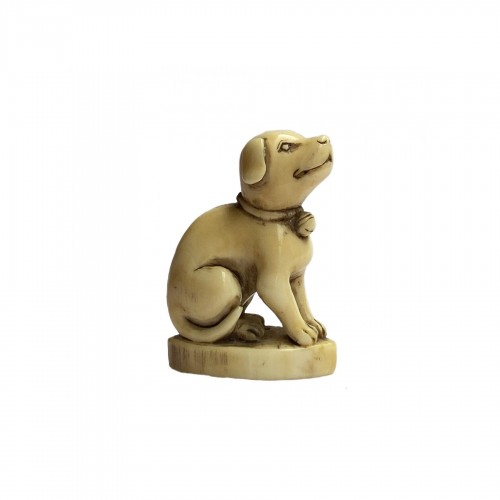 Japan, netsuke representing a dog, Edo period, late 18th, early 19th C.