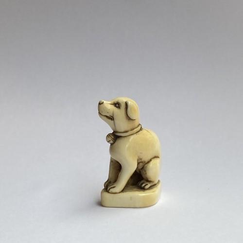 19th century - Japan, netsuke representing a dog, Edo period, late 18th, early 19th C.