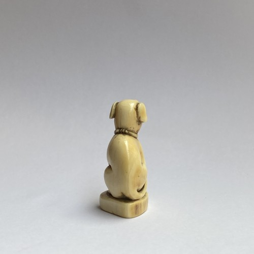Japan, netsuke representing a dog, Edo period, late 18th, early 19th C. -