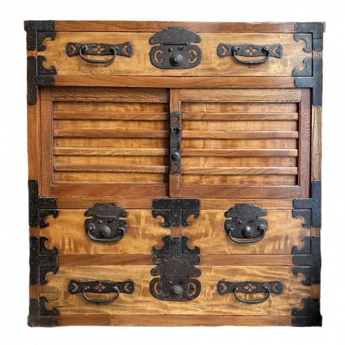 19th century - Merchant's chest, Choba Dansu, Japan, late Edo period