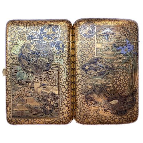 Japan, An impressive Komai cigars  case, Meiji period.