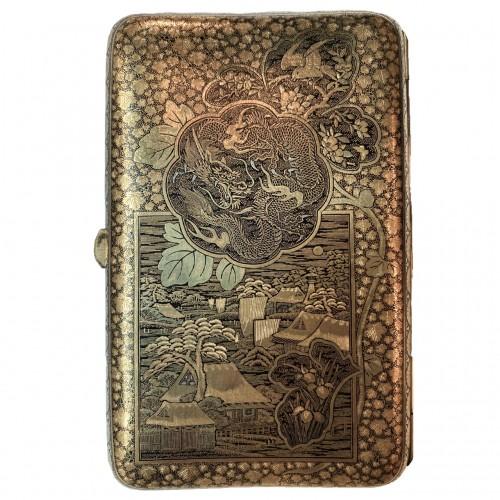 Japan, An impressive Komai cigars  case, Meiji period. -