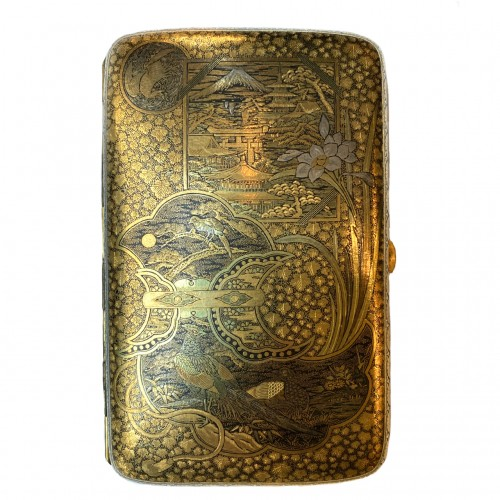 20th century - Japan, An impressive Komai cigars  case, Meiji period.