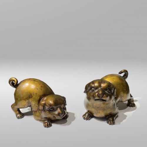 Asian Works of Art  - Japan, pair of bronze puppies, Meiji period