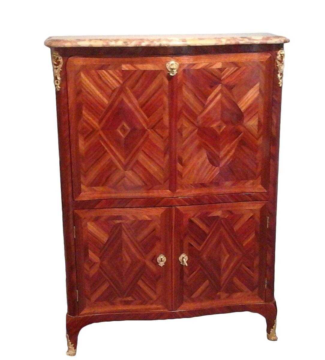 secr taire en armoire d 39 poque louis xv estampill. Black Bedroom Furniture Sets. Home Design Ideas