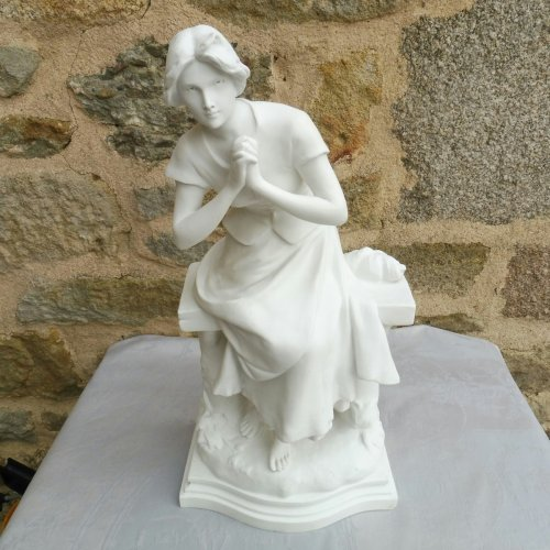 Jeanne d'Arc in Domremy, biscuit by Luca Madrassi - Porcelain & Faience Style Napoléon III