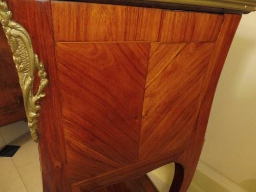 18th century - A Transitional Louis XV/Louis XVI side table
