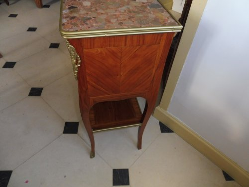 Transition - A Transitional Louis XV/Louis XVI side table