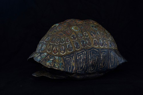 Painted and golden turtle shell - Curiosities Style