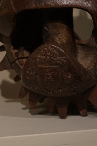 """17th century - Carved Walnut """"Braccia"""" for """"Pallone col bracciale""""- Rome, 17th century"""