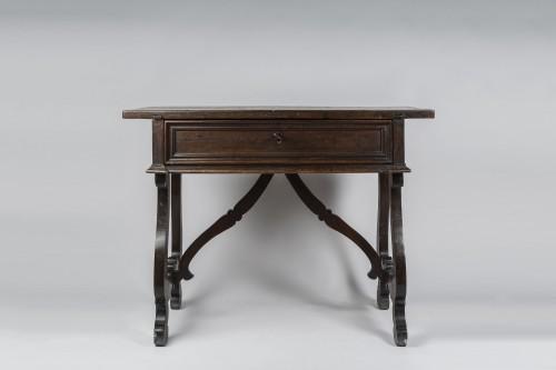 "Walnut Table ""a lira"" - Tuscany, XVII century - Furniture Style"