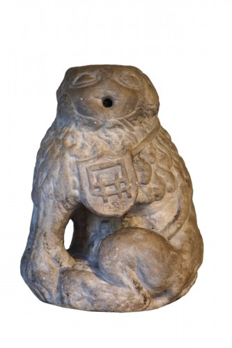 Marble lion – Périgord 17th century