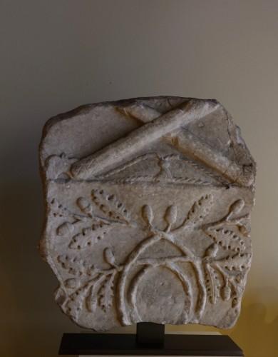 Ancient Art  - Large Roman marble fragment - Roman art, 1st-2nd century A.D.
