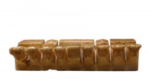 Votive alabaster sculpture - South Arabia, III-IV century AD