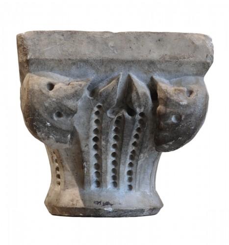 Small marble capital - Tuscany, XIV century