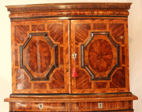 A late 17th c. Cabinet from grenoble area - Furniture Style Louis XIV