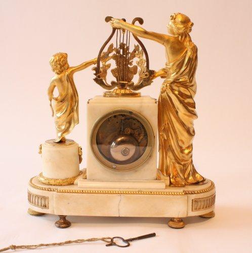 A Louis XVI mantle clock -