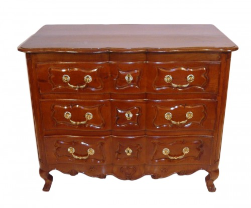 French Provincial Louis XV chest of drawers