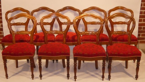 Suite of 9 Louis-Philippe chairs