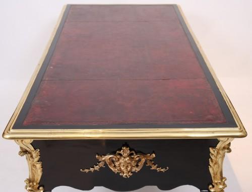 Rare and important Louis XIV double-sided bureau plat -