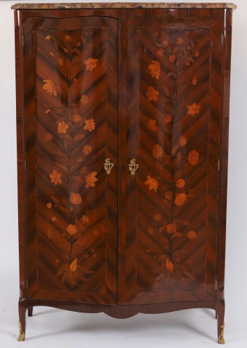 Louis XV inlaid cabinet - Furniture Style