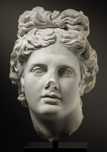 Head of the Apollo Belvedere - Sculpture Style
