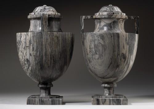 19th century - Pair of Bardiglio Vases