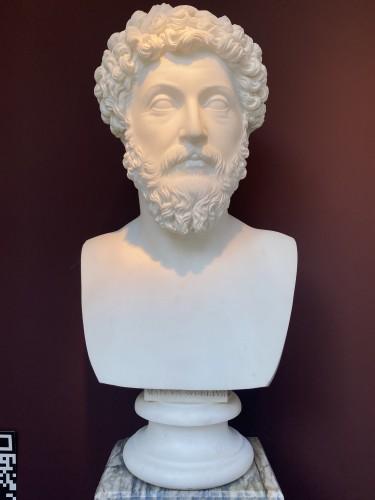 Antiquités - Pair of marble busts -  Marcus Aurelius & Domitianus