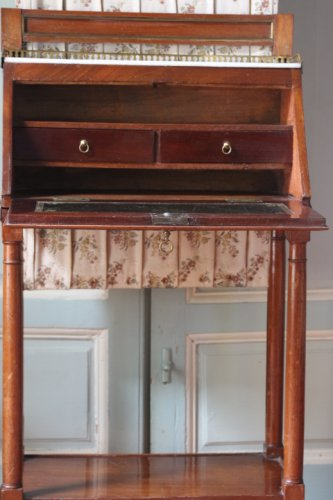 18th century - Small Louis XVI secretaire