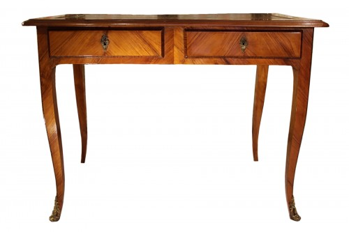 Writing table Louis XV stamped Pierre BONNEMAIN